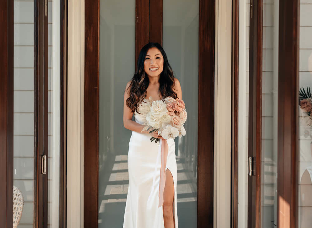 Fashion Ceo Of An $85Million Clothing Company Wears A $299 Wedding Dress To Marry Her Boyfriend